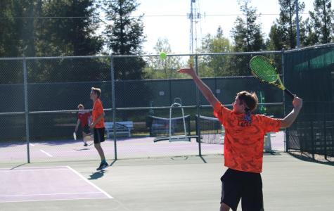 RHS Tennis starts playoffs strong