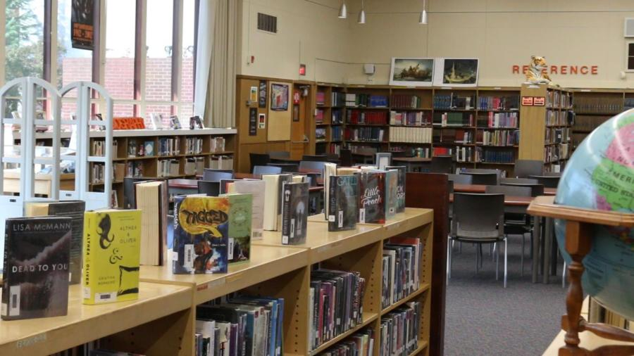 A look inside of the Roseville High School library. Starting next year,  Roseville High School librarian Lauren Zdybel will divide her time between RHS and another school in the district.