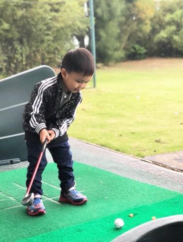 Fundraising golf tutorial -- Kids' first golf encounter for fundraising