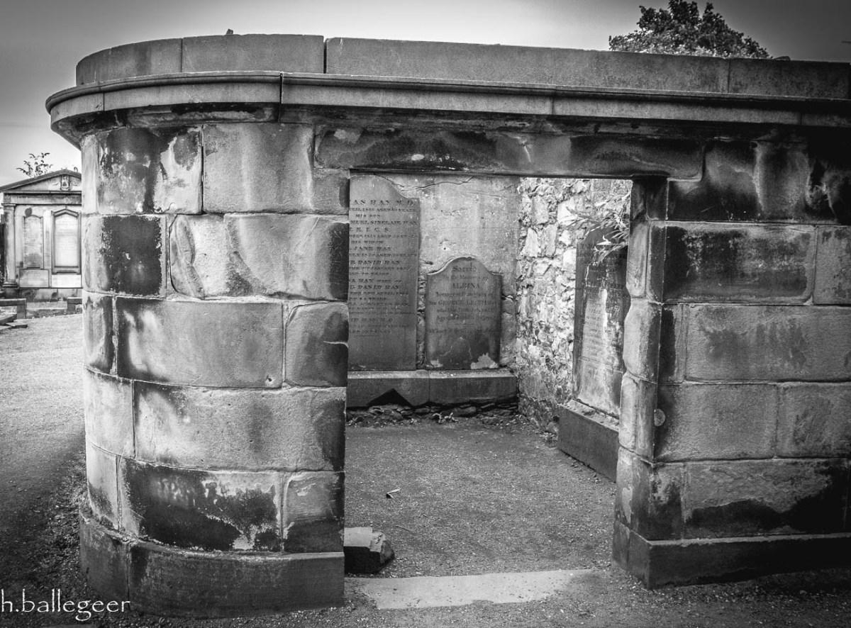 Canongate Churchyard