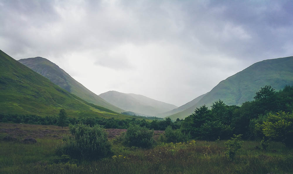 Hiking in Glencoe - For Eyes and Soul Photography