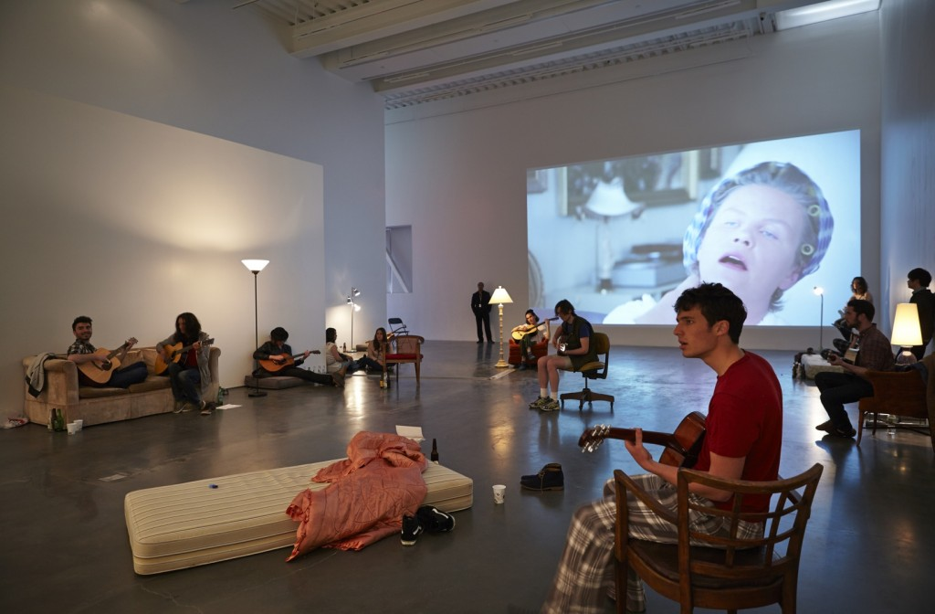 "Ragnar Kjartansson: Me, My Mother, My Father, and I,"" 2014. Exhibition view: New Museum. Photo: Benoit Pailey. (Image courtesy the New Museum, NY)"