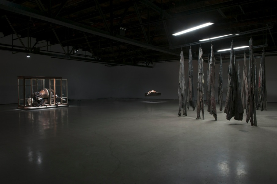 Berlinde De Bruyckere, No Life Lost, Installation view, (Right) No Life Lost 1, 2014-2015, Image courtesy of Hauser and Wirth, NY, 2016