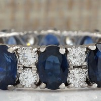Gorgeous Estate 6.65 Cwt Natural Blue Sapphire and Diamond Ring