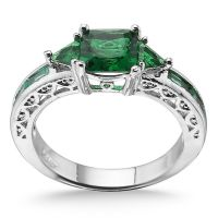 Gorgeous Emerald Sterling Silver Ring