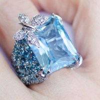 A Gorgeous Blue Sapphire and Diamond Butterfly Ring