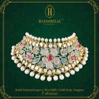 Choker Necklace Adorned with Polki Diamonds, Rubies, and Pearls