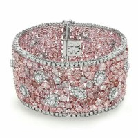 A Gorgeous Pink Diamond and White Diamond Bracelet