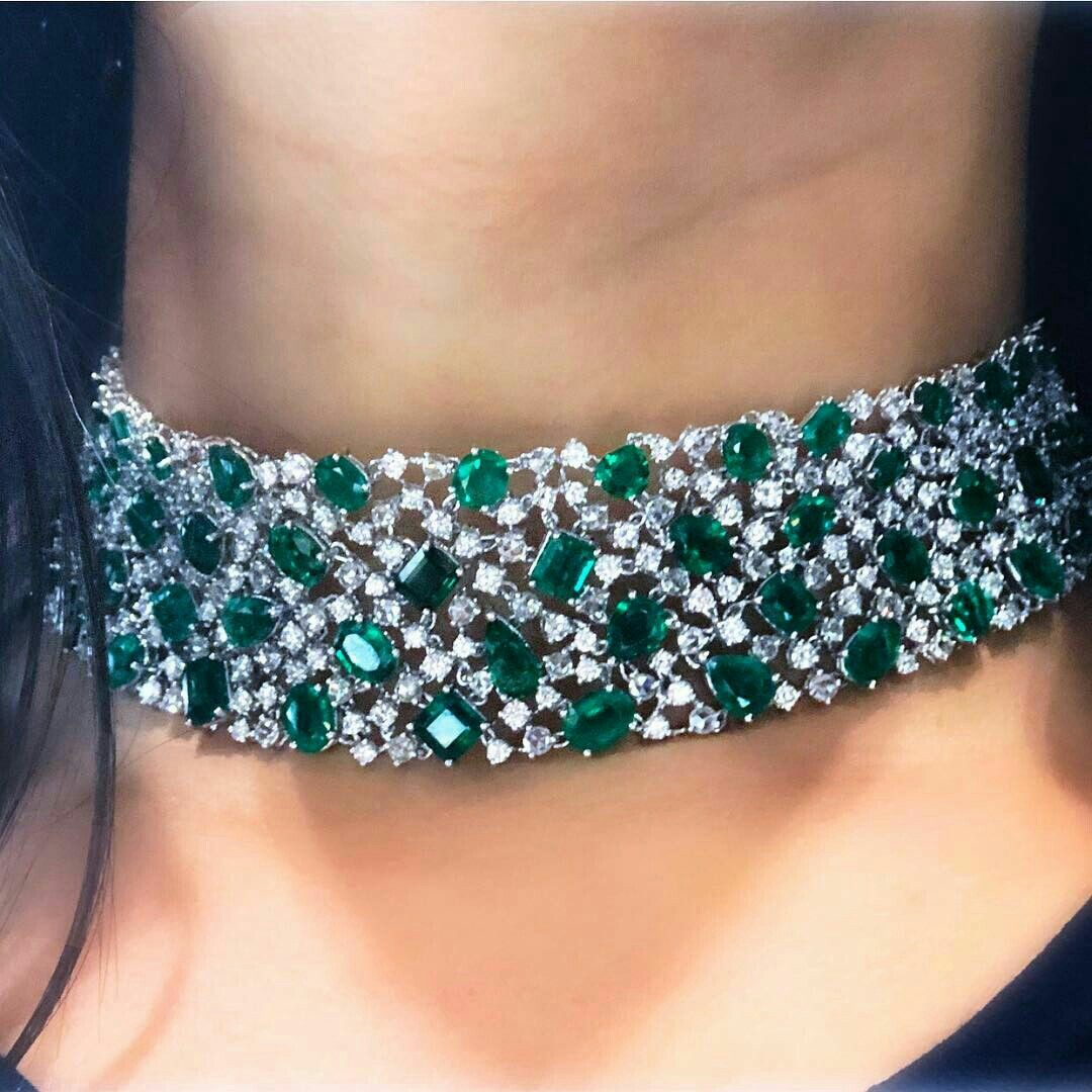 Gorgeous Emerald And Diamond Choker Necklace Eyes Desire