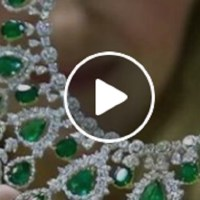 Exquisite Emerald and Diamond Necklace