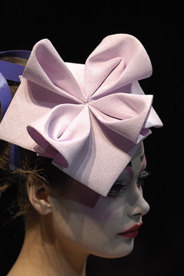 Pink_origami_hat