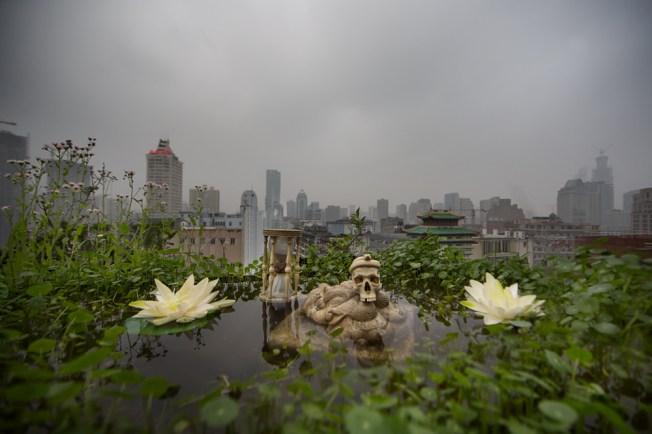 Anne De Carbuccia - Urban shrine Shanghai