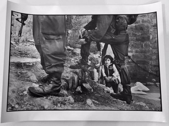 Francesco Cito Palestina 2011, Hebron Carta baritata senza cornice Edizione aperta