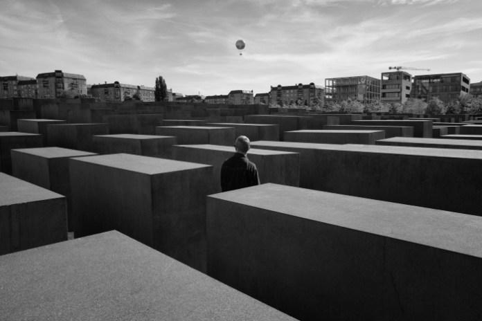 PERFIDO Eolo berlin-street-photography-2015-006