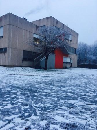 Foto di Yini - La mia scuola e la neve