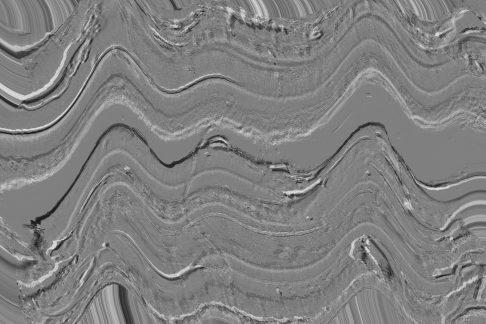 Radargramma-Il-georadar-e-una-metodologia-non-invasiva-utilizzata-in-geofisica-nello-studio-del-primo-sottosuolo-che-si-basa-sullanalisi-delle-riflessioni-di-onde-elettromagnetiche-trasmesse-nel-terreno-scaled