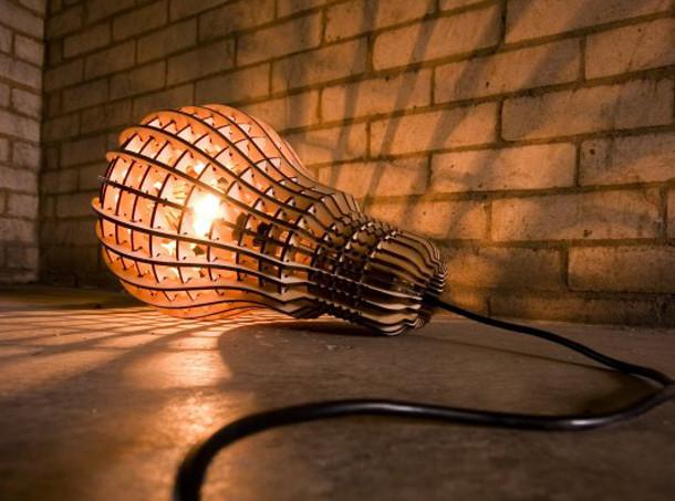 Laser gesneden houten lamp  EYEspired