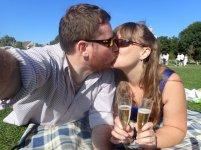 Champagne kisses!