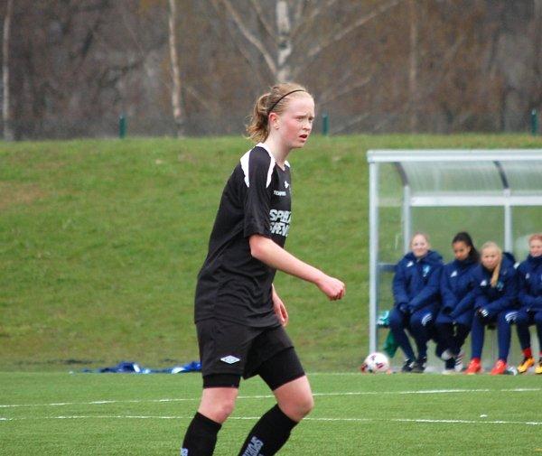 Emma Östlund till Portugal för futsallandskamper.