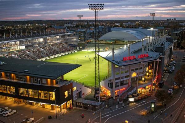 Så här kommer det kansk att se ut med den nyrenoverade Södra Läktaren i bakgrunden (Foto: Örebroporten).
