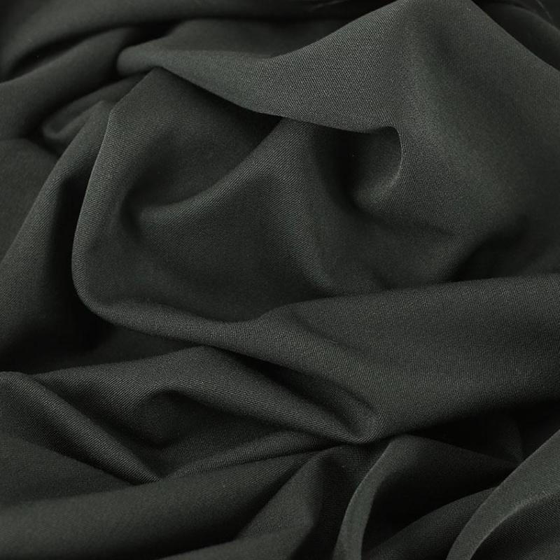Viscose unie noir © Eyrelles tissus