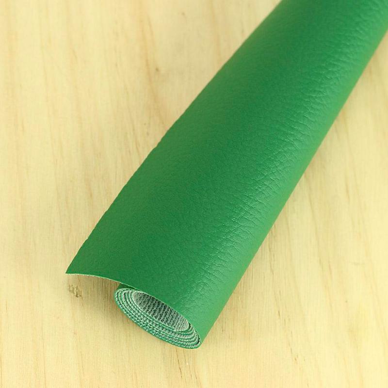 Simili cuir Vert Sapin © Eyrelles Tissus