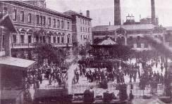Plaza Vilallonga 1