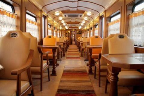 El Expreso de La Robla ofrece el 'paraíso' con una ruta entre Bilbao y Gijón