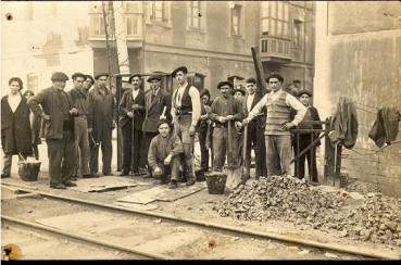 Paso a Nivel de la Calle Portu 1937