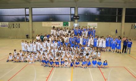 El Club BALONCESTO Paúles presenta sus 17 equipos que suman 300 deportistas