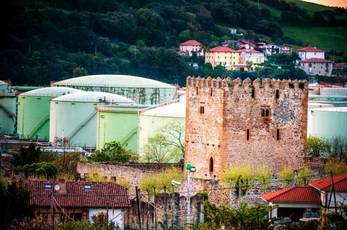 MUÑATONES: Un castillo que alberga la historia