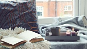 Holiday 2020: 16 Unbelievably Hygge Gifts for Your Cozy-Loving Friends