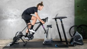 Holiday 2020: The Best Tech for Fitness Enthusiasts
