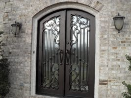 The Difference Between Steel and Fiberglass Doors