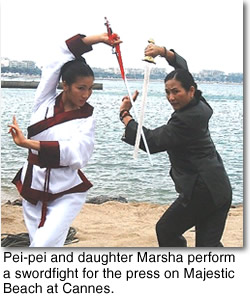 Pei-pei & daughter swordfight