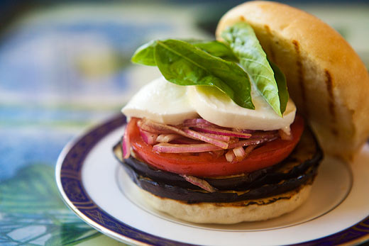 grilled-eggplant-sandwich-a (1)