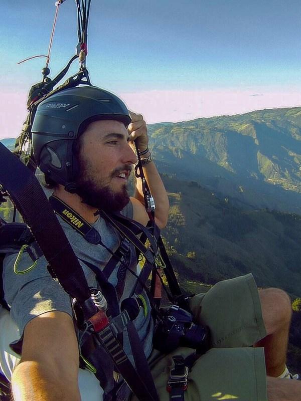 paragliding in medellin
