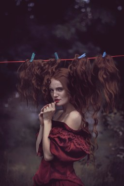 31 artystyczna-sesja-zdjeciowa-poza-rzeczywistoscia-Ezo-Oneir-surreal-photography