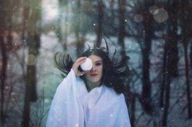 72 artystyczna-sesja-zdjeciowa-poza-rzeczywistoscia-Ezo-Oneir-surreal-photography