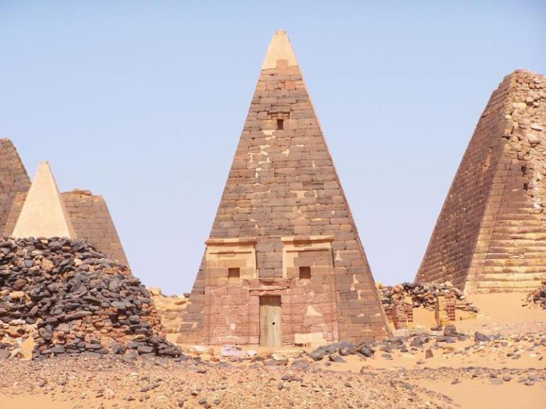 Пирамиды в Судане. Больше чем в Египте