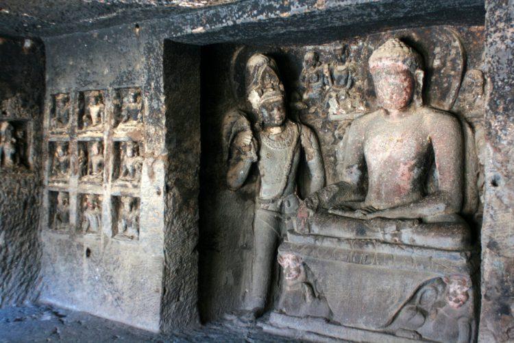 Дзен Буддизм пещеры Эллоры. Индия