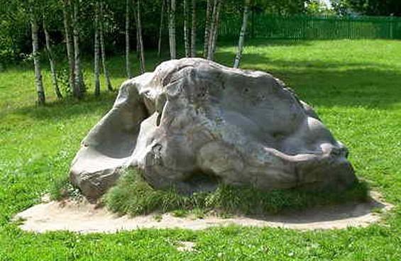 Бабий камень