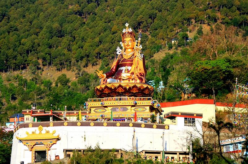 Гуру Ринпоче в Ревалсаре