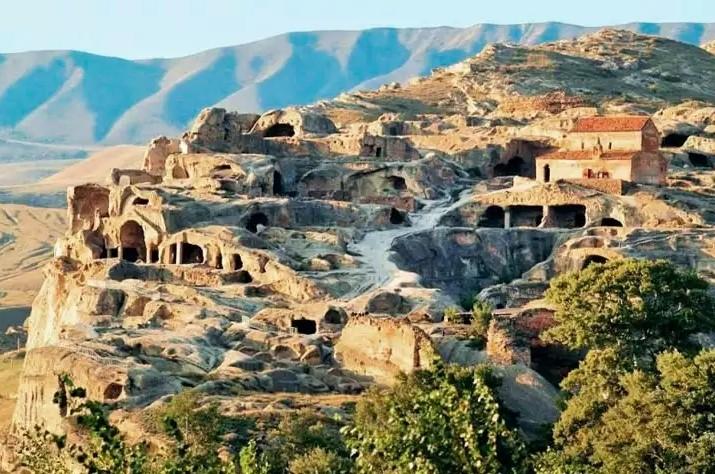 Уплисцихе - мистическая крепость бога в Грузии