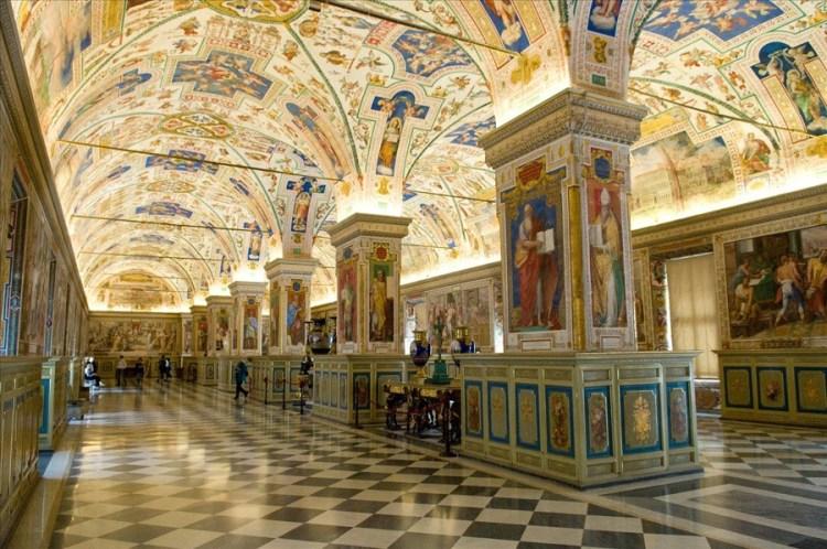 Скрытое Ватиканом