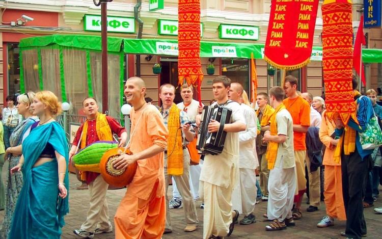Кришнаиты в современном мире