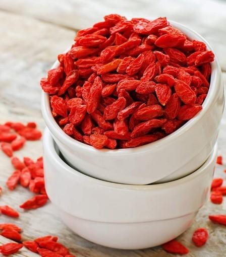 Ягода годжи. Обзор свойств. 7 рецептов. Кому опасны чудо ягоды?