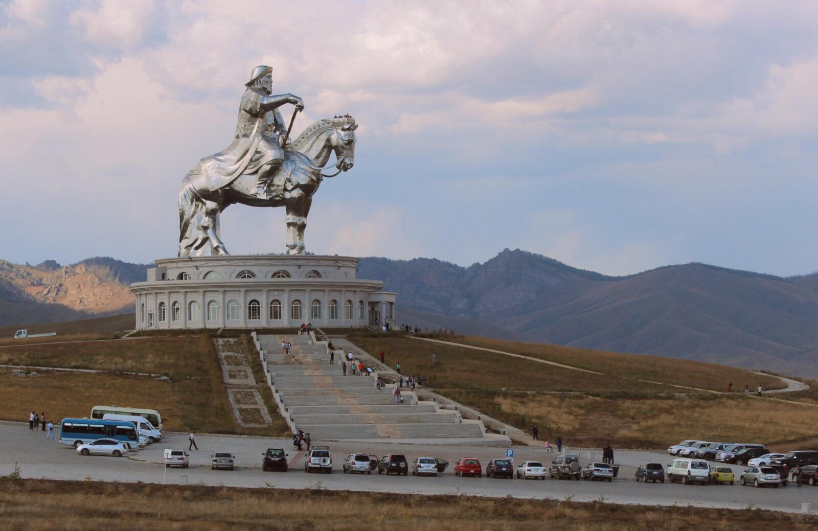 Могила Чингисхана и страшное заклятие