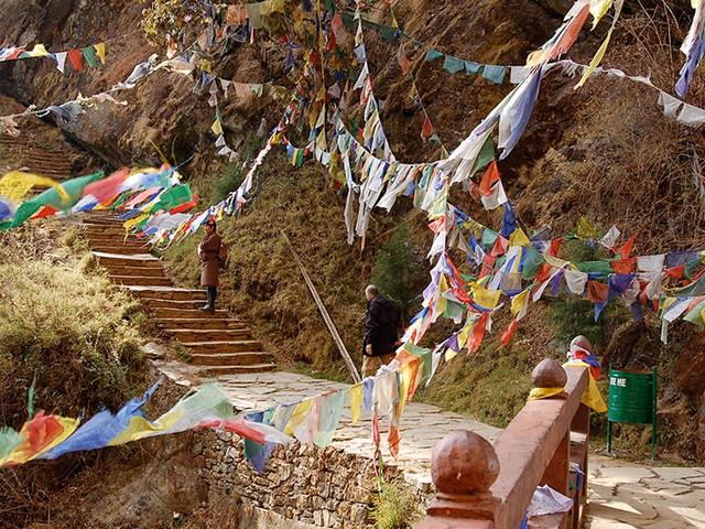 «Гнездо тигра» Бутан. Завораживающие святые места в мире