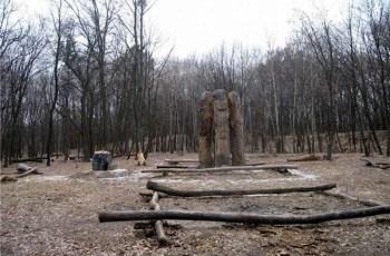 Громовище аномальное место Украины. Молнии бьют в одно и тоже место